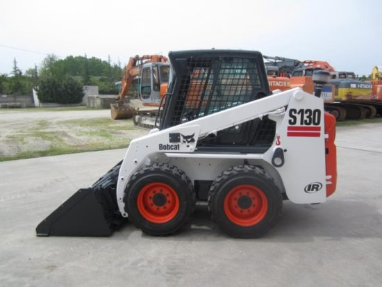 bobcat-s130-1-733×550